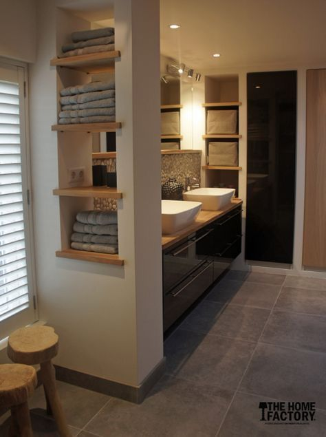 To hide drain  pipes and have storage – #drain #hide #landhausstil #pipes #Stora…