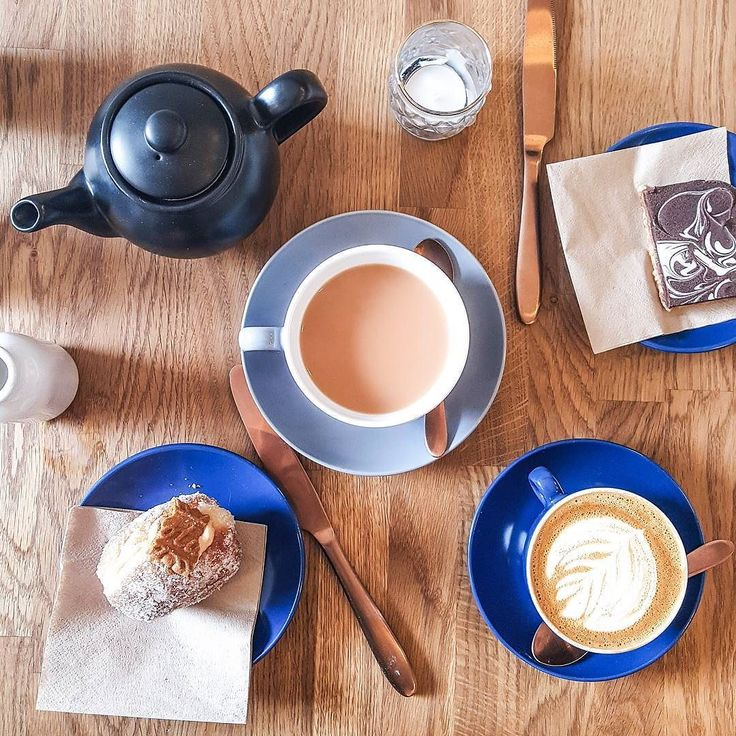 Bank holiday Monday means a lovely slow morning for me  daydreaming about yesterday's little afternoon treat - tea and a Biscoff doughnut from @beardedbakerscot     #latergram #monday #mondaymotivation #throwback #flatlay #tea #tealover #coffee #coffeelover #coffeegram #edincoffee #edinfood #doughnuts #treats #blue #edinburgh #edinburghlife #edinburghbloggers #scotbloggers #food #foodblog #foodblogger #lifestyle #lbloggers #thestylestories