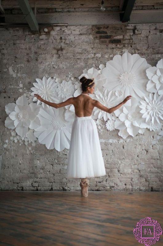 Гигантские цветы для декораций из бумаги, изолона и фоамирана, огромные цветы для оформления свадеб и фотосессий | Fleur Artdan