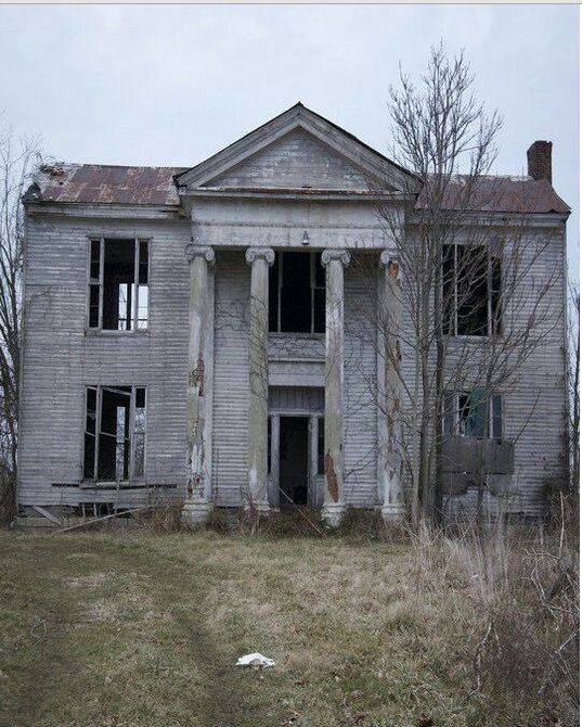 Best 25 Abandoned houses ideas on Pinterest