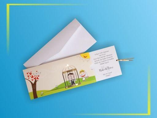 Haideti sa ne inveselim un pic de luni cu niste invitatii de nunta haioase. Cu astfel de invitatii de nunta putem descreti si cea mai incretita frunte, aducand un zambet pe buze.  Pentru detalii si mai multe produse va asteptam in magazinul nostru online: www.invitatiicreative.com!
