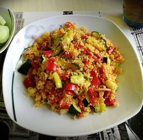 Couscous-Gemüsepfanne für Studenten, ein leckeres Rezept aus der Kategorie Vegetarisch. Bewertungen: 3. Durchschnitt: Ø 4,0.