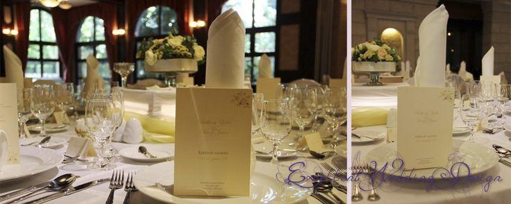 Fehér és ekrü-esküvői dekoráció-asztaldekoráció, esküvői menükártya