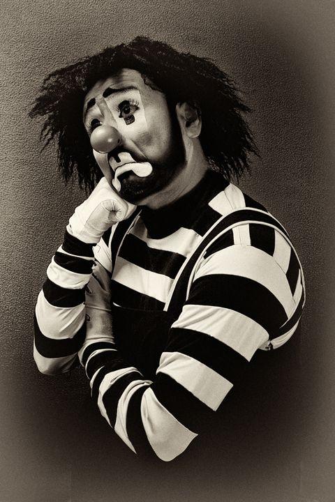 Mexican Clowns [Vintage] by Nicola Okin Frioli, via Behance