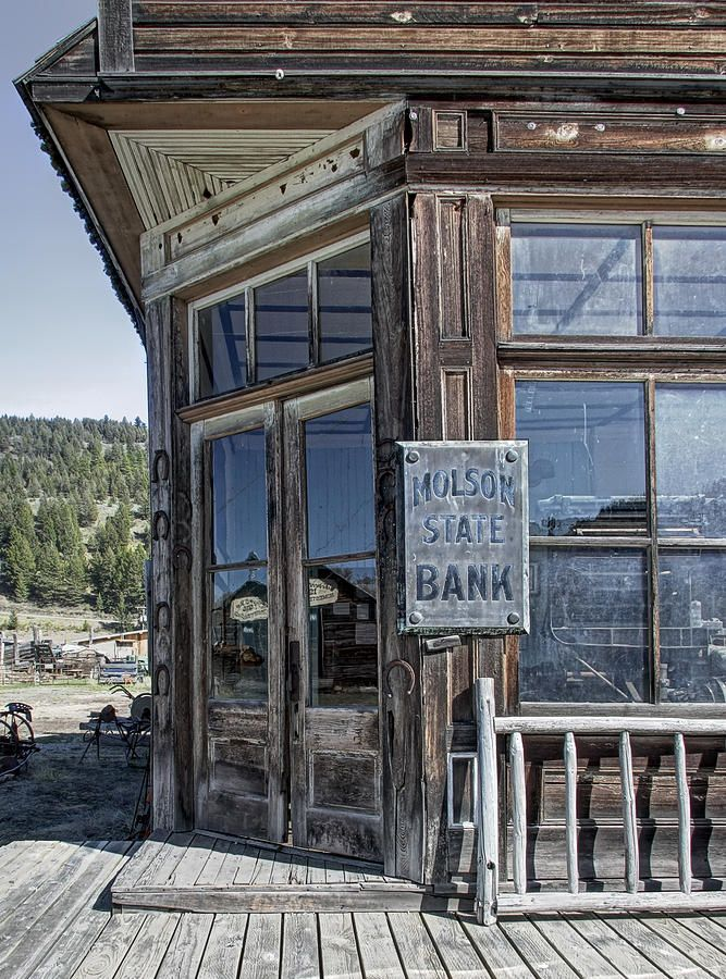 Molson Washington Ghost Town Bank. An itty bitty ghost town on the edge of Canada and Washington, founded by the Molson of Molson beer.