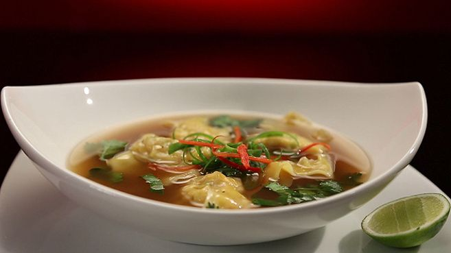 Dan and Steph's Prawn Wonton Soup from S4 of MKR: http://gustotv.com/recipes/soups/prawn-wonton-soup/