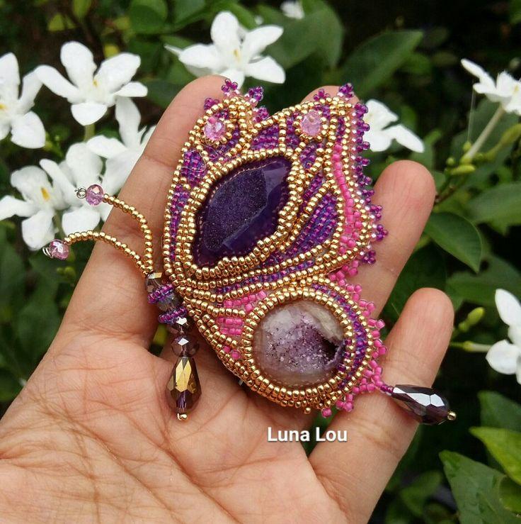 Beadsembroidery