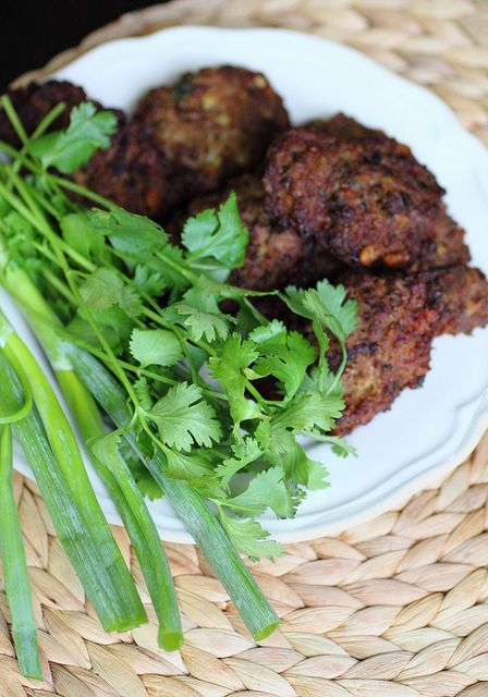 Shfta - Kurdish meat patties - use potato to reduce syns and fry using Frylight