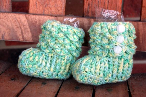 Crocodile Stitch Crocheted Baby Booties - Pastel Green & Yellow - Sized 3 Months
