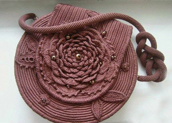 Handbag with rose