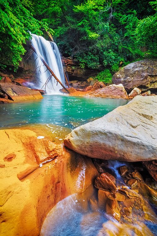 ✯ Waterfall Pool, West Virginia