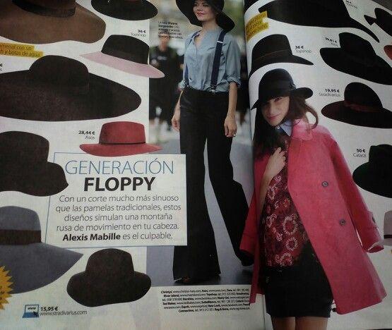 Sii, como sabéis nos encantan los sombreros, generación floppi, un must esta temporada.