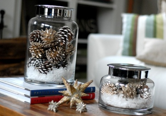 easy DIY winter decorations except with gold and red for christmas