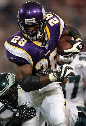 Don't like the Vikings, but I love my Oklahoma University boy 'AD'! Adrian Peterson. (I forgive that he was born in Texas. LOL)