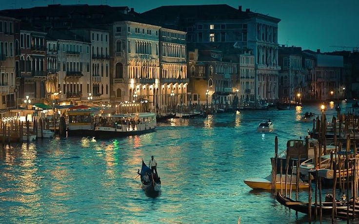 Dusk on the canals of #Venice.