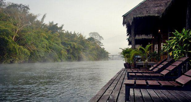 La province de Kanchanaburi est célèbre pour le pont qui passe au dessus de la rivière Kwai. C'est un lieu très nature qui vaut le détour, particulièrement pour la rivière Kwai qui abrite quelques hôtels flottants de charme, et d'où on peut prévoir du trekking dans les parcs nationaux de…