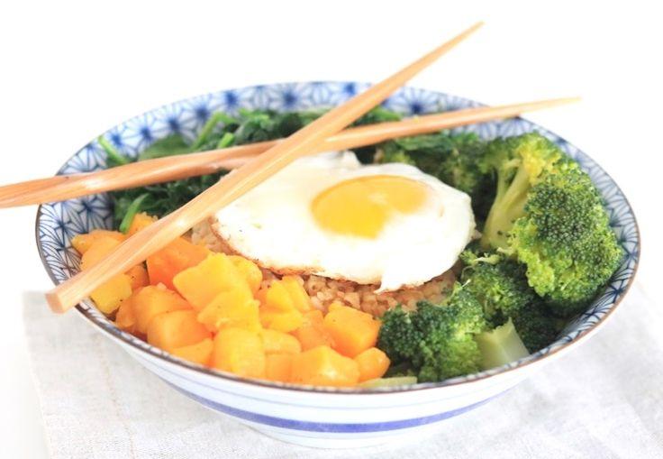 Koreaanse bibimbap met groenten – SKINNY SIX | Chickslovefood.com | Bloglovin'