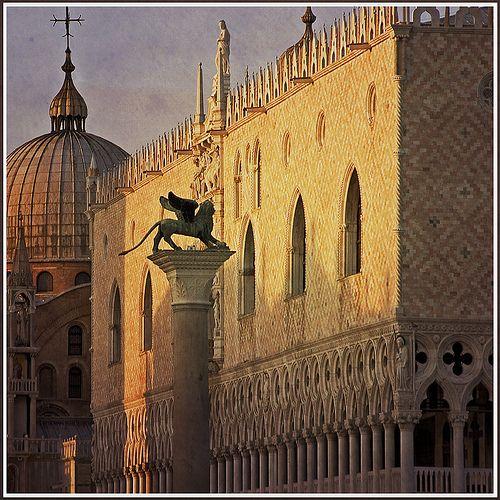 Rita Crane Photography: Venice / Doge Palace / Basilica San Marco / Lion of Venice / Piazza San Marco / architecture / landmarks / Icons of Venice