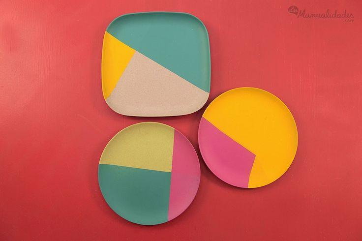 Platos de plástico decorados con pintura en aerosol