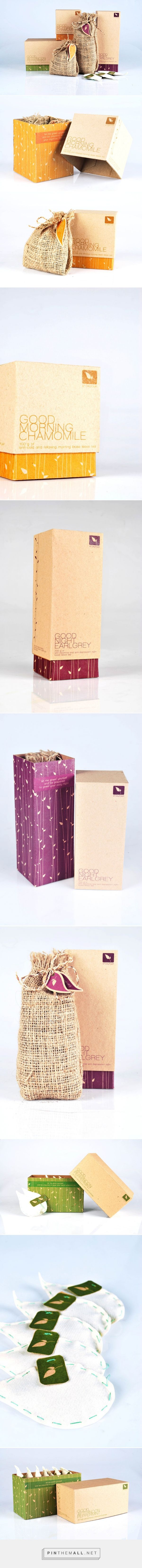 Natural Packaging for Tea by Risco Tiofani on Behance curated by Packaging Diva PD. Too bad this lovely tea packaging is just a project.