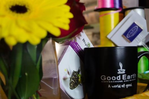 We can create delicious and bright gift baskets for the coffee or tea lover in your life. #yyc #Calgary #GoodEarth #MightyLeaf