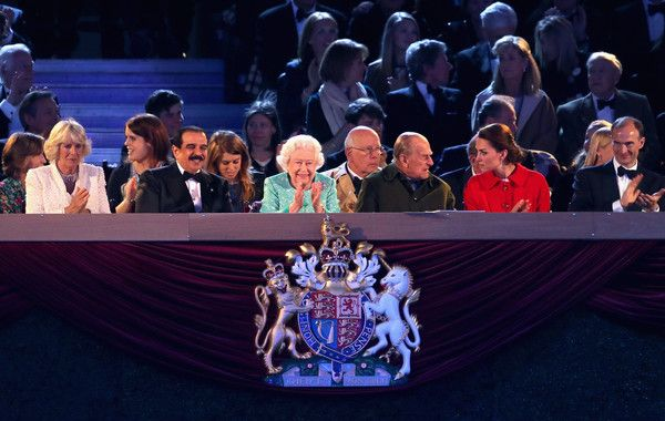 Camilla Parker Bowles Photos - Camilla, Duchess of Cornwall, Prince Philip, Duke of Edinburgh and Catherine, Duchess of Cambridge along with Queen Elizabeth II during the final night of the Queen's 90th Birthday Celebrations at Windsor on May 15, 2016 in Windsor, England. - The Queens 90th Birthday Celebrations at Windsor - Final Night