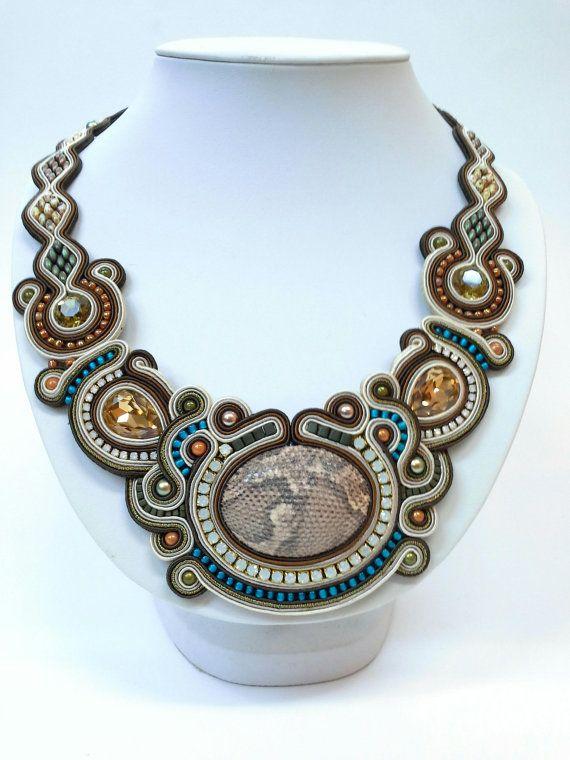 Soutache+necklace+by+CABOCHONMELIZI+on+Etsy