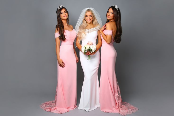 Our Avery Baby Pink Bardot Bridesmaid dresses are so gorgeous, so cheap for the price of £89. Shop here >> www.dressi.co.uk