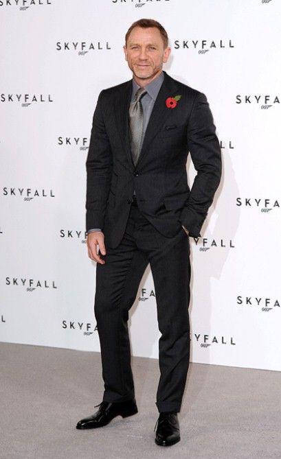 74 best 004) Black Suits images on Pinterest | Black suits, Dapper ...