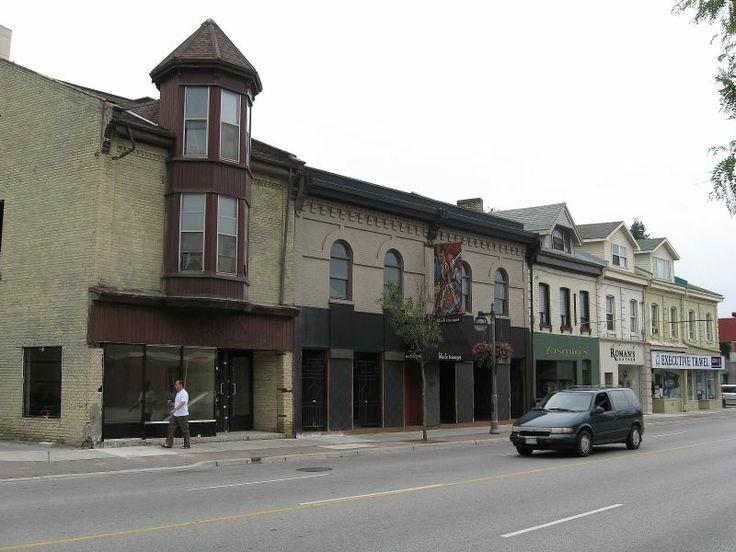 London, Ontario: Downtown, Businesses on Richmond Street.
