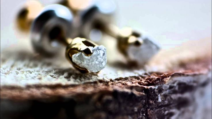 Video: Raw Diamond Earrings Sopisa - Aurora