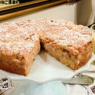 Feijoa Shortcake with Homemade Vanilla Custard  Sometimes in need of a feijoa recipe...