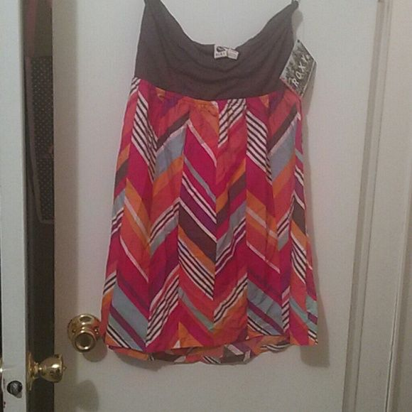 Roxy Savage 2 bright & sexy Tube Dress XL NWT Brand new with tags. Size XL (11/12/13,) ROXY SAVAGE 2 tube dress. Black tube top with bright multicolored Chevron print skirt. Great as swim cover-up Roxy Dresses Mini