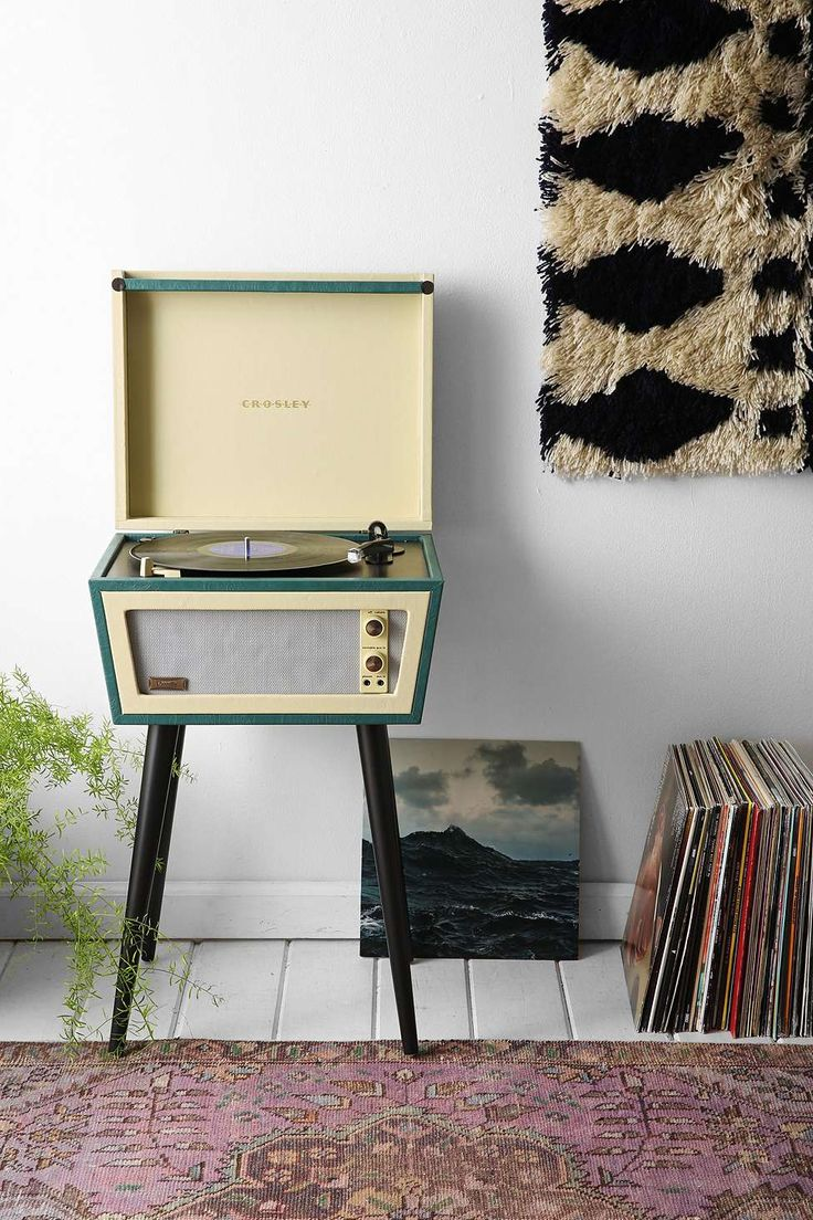 UO X Dansette Sterling - Tourne-disque prise GB - Urban Outfitters