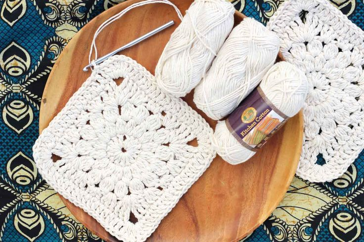 "Boho love! This boho free crochet tote bag pattern is fun to put together and loaded with bohemian charm. Made with Lion Brand Kitchen Cotton in ""Vanilla."""