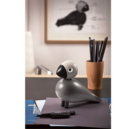 Songbird Ernst is named after Kay Bojesen´s father, an extremely versatile man. He was a business man, editor, cultural personality and a creative soul, who together with his wife Valborg inspired his son Kay to create a flock of beloved wooden figures. #kaybojesen #bird #ernst www.kaybojesen-denmark.dk
