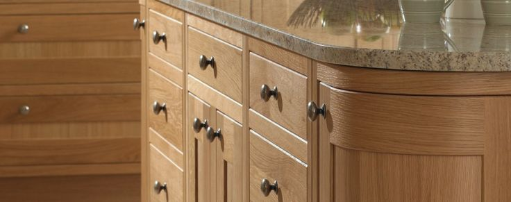 Petworth natural oak inframe kitchen from Units Online