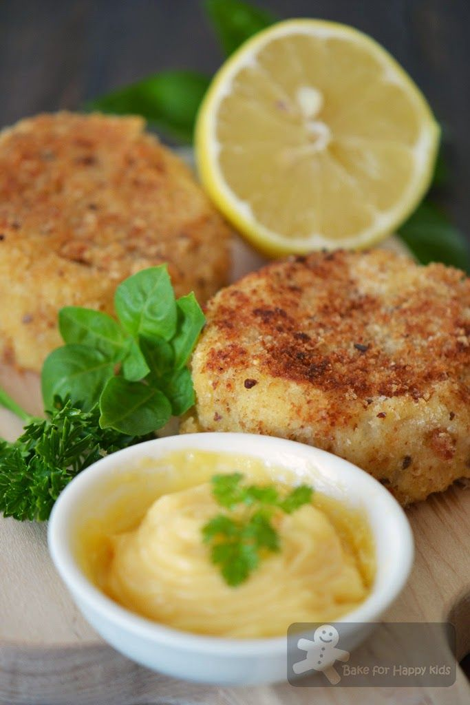Crab potato cakes mayonnaise