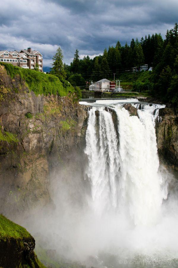 Snoqualmie Falls outside of Seattle Washington, USA I remember eating breakfast here! I think I'm still full!
