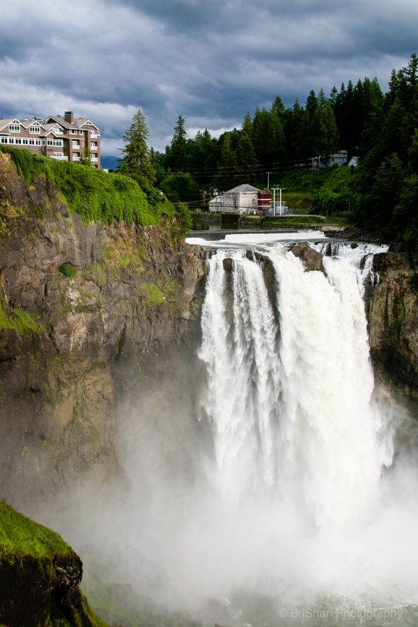 Snoqualmie Falls outside of Seattle Washington, USA I remember eating breakfast here! I think I'm still full!