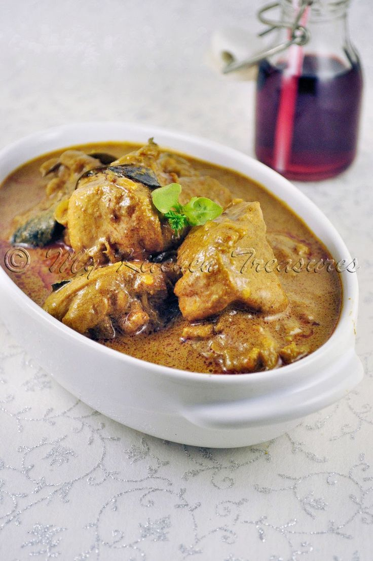 I think if you are from Kerala and you love Chicken Curry I am pretty sure that you have had this kind of curry. As most of the home make s...
