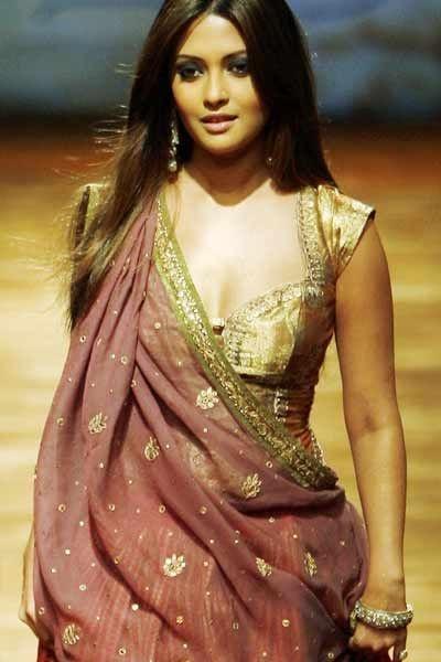 Riya Sen in Ritu Kumar @ http://www.ModernRani.com