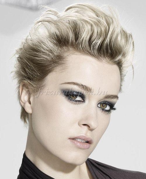 rövid+női+frizurák+-+tupírozott+rövid+frizura