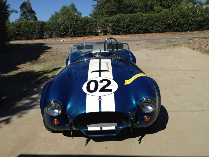 One of 10 built by Shelby, 427, carbon fibre, Bodies, 4speed top loader trans, 427 side oiler Motor, holly 4 barrel carb,1,200 miles from new, signed and certificates by the man Mr Shelby, (magic)