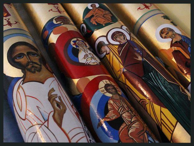 iconosycirios.com | Iconos y cirios pascuales de bautismo y otros objetos litúrgicos para Parroquias y Grupos