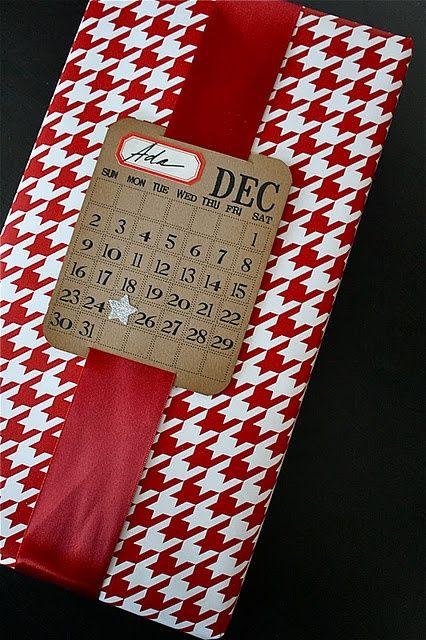 Una manera original de marcar para quién y cuando debe abrir el regalo