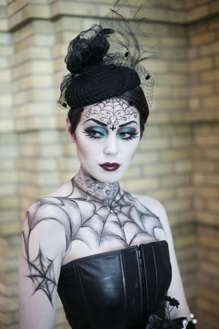 Gothic Halloween Makeup Ideas