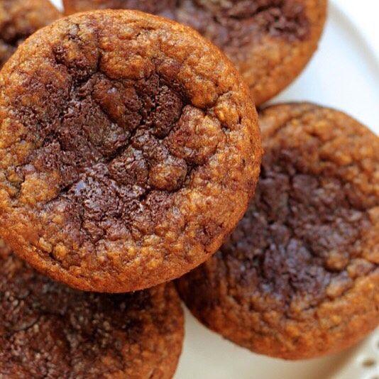🙌🍠MUFFINS DE CALABAZA Y ESPECIES🍠🙌 (rinde 15 muffins: 5 porciones de 3 muffins; ideales para la playa o para congelar). 🔸Necesitas: 🔻1 huevo. 🔻6 claras. 🔻4 cucharadas soperas de ricotta magra. 🔻1 taza de puré de calabaza hervida u horneada. 🔻4 cucharadas soperas de leche en polvo descremada (puede reemplazarse por 2 de polvo protéico si consumen). 🔻2 cucharadas soperas de semillas se chía. 🔻jugo de 1 naranja + 1 cucharada sopera de su ralladura. 🔻12 sobres de edulcorante. 🔻un…