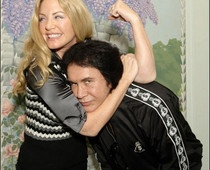 Gene Simmons and Shannon Tweed got married on Saturday..after 24 years of being happily un-married