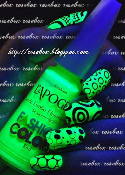 RoseBox: Unhas fluorescentes